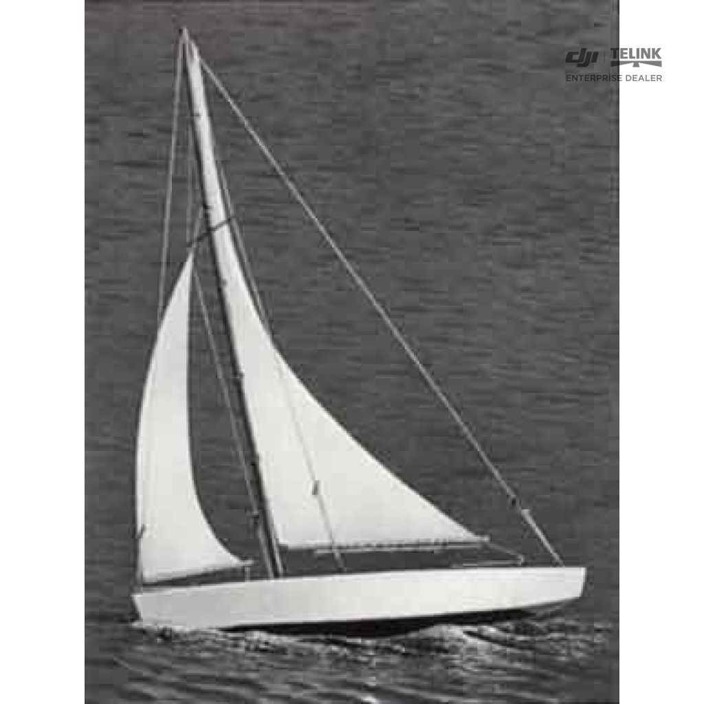 Ace Racing Sloop plachetnice 432mm